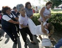 3-s-383-summer-2010-state-violence-cubas-ladies-wh-1.png